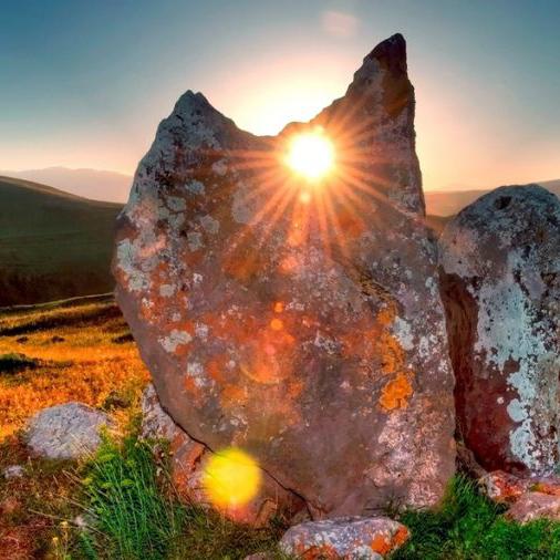 Zorac-qarer-karahunj_Sputnik_Armenia-1-768x506-1