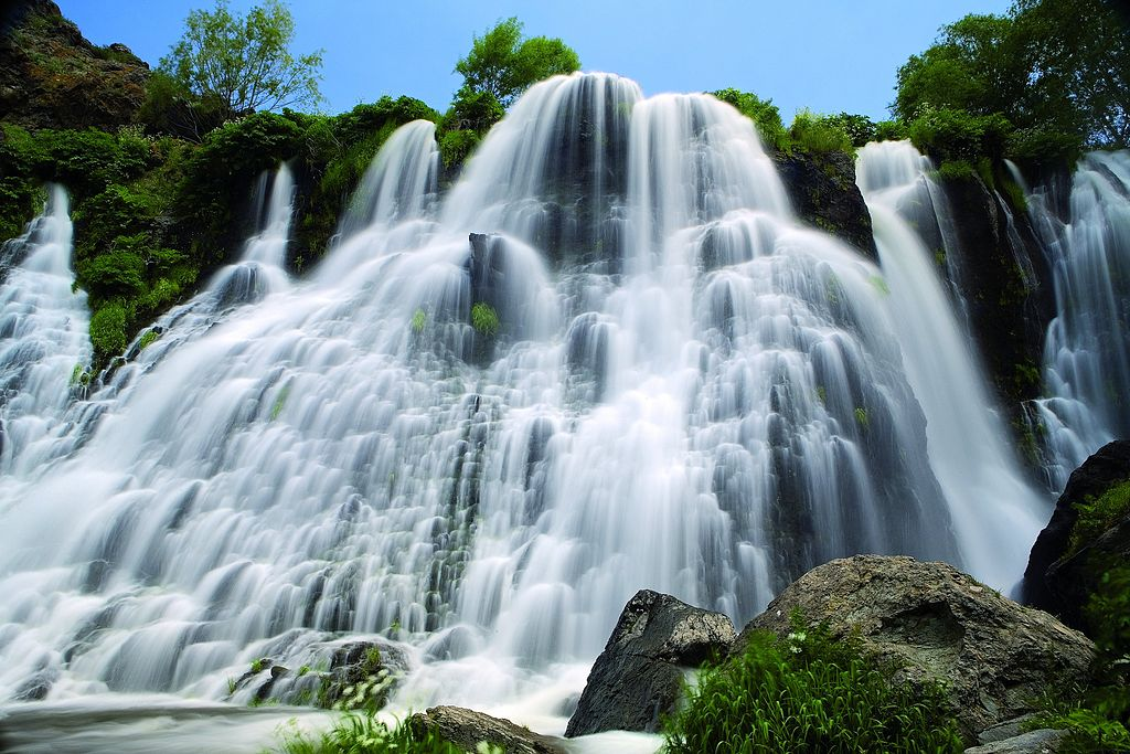 vodopadArmenia